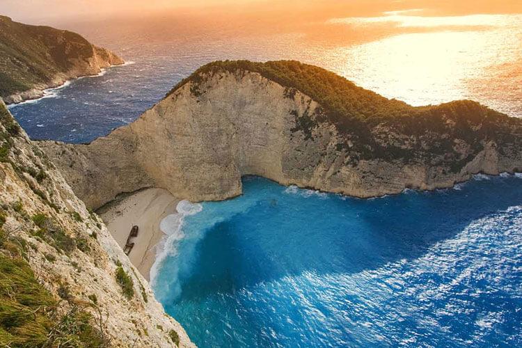 זקינטוס -יוון חוף הספינה